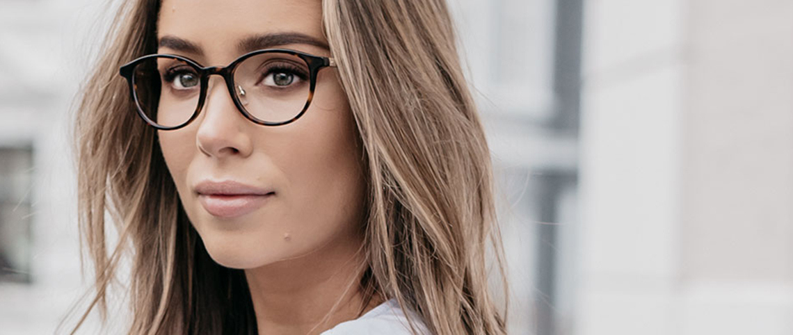 Nye briller lar fargeblinde se farger